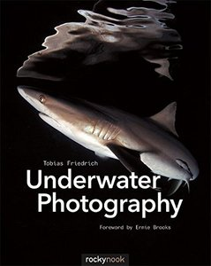 Underwater Photography Paperback-cover