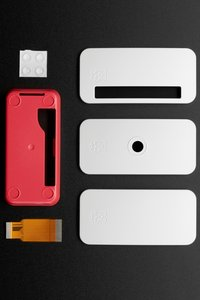 Raspberry Pi Zero 原廠紅白外殼(Zero v1.3 / W 皆適用)(含上蓋x3 + 底殼x1 + 相機排線(38mm) x1 + 橡膠墊片 x4)-cover